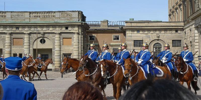 Changing Guards at  Royal Palace
