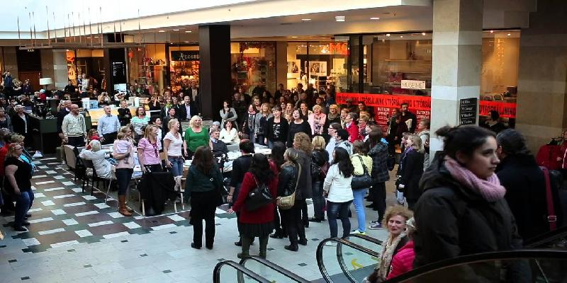 people gathering in shopping hall
